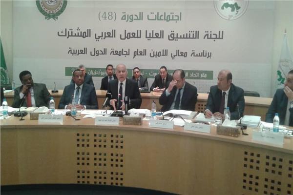 حنفي: مشروع للتأشيرة الموحّدة للمستثمرين ورجال الأعمال العرب