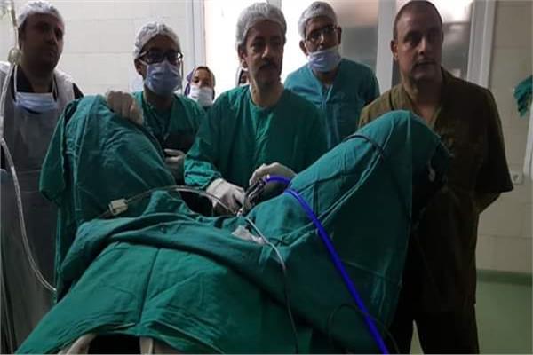 مستشفيات الصحة بأسيوط تجريعملية استئصال ورم سرطني بالمثانة وتضخم بالبروستاتا بالمنظار