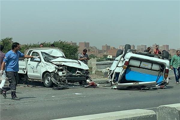 إصابة 19 شخصا فى حادث مروع بالطريق
