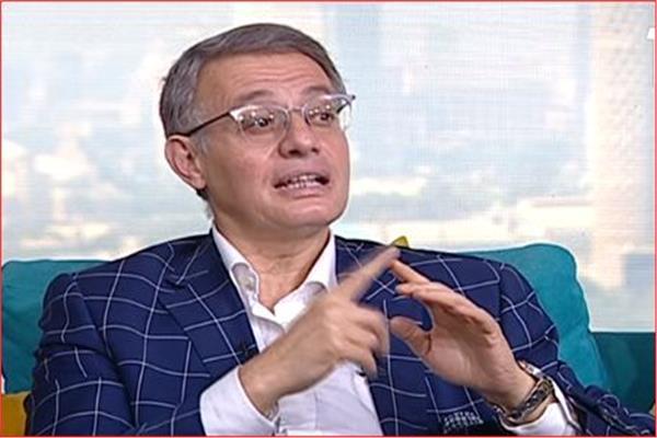 الدكتور محمد أبو زيد، أستاذ الاقتصاد الدولى