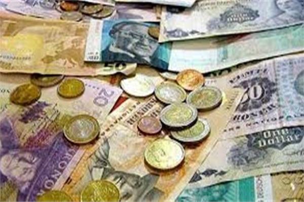 تباين أسعار العملات العربية أمام الجنيه المصري في البنوك 26 يونيو