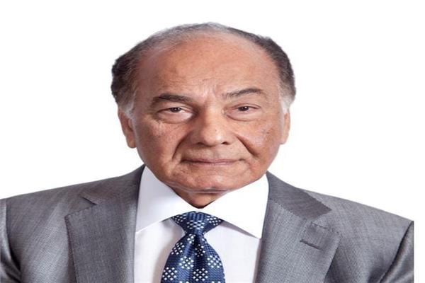 محمد فريد خميس رئيس مجلس أمناء الجامعة البريطانية