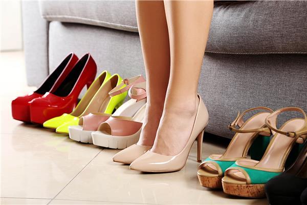 الإتيكيت بيقولك كيف تختارين حذائك في المناسبات ؟