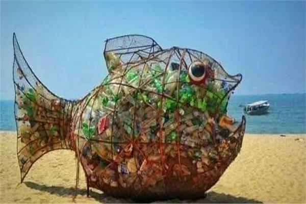 تقاليع| السمكة «جوبي» لحماية البحار والمحيطات من البلاستيك