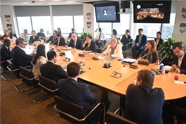 وزيرة السياحة تشارك في جلسة نقاشية مع ممثلى البنك الدولى