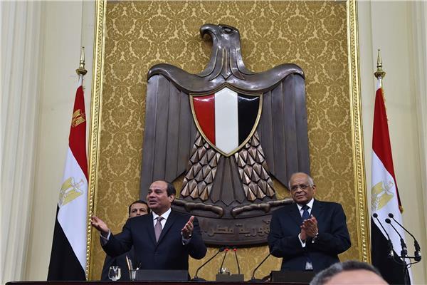 الرئيس عبدالفتاح السيسي والدكتور علي عبدالعال في مجلس النواب - أرشيفية