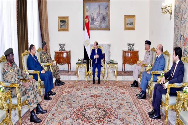 الرئيس السيسي يستقبل رئيس الأركان السوداني