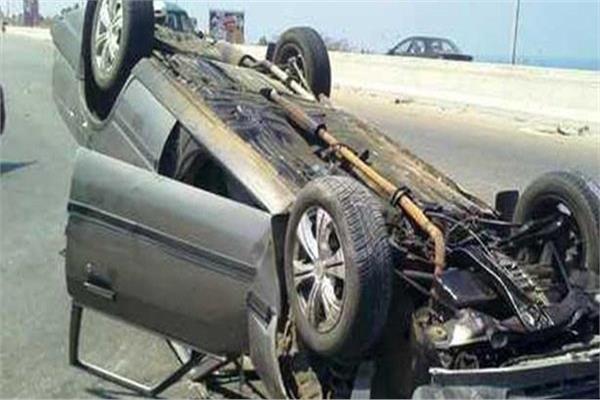 إصابة 3 أشخاص في حادث انقلاب سيارة بأطفيح