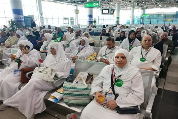 مصر للطيران تسير اليوم 8 رحلات إلى المدينة لنقل 2000 حاجاً