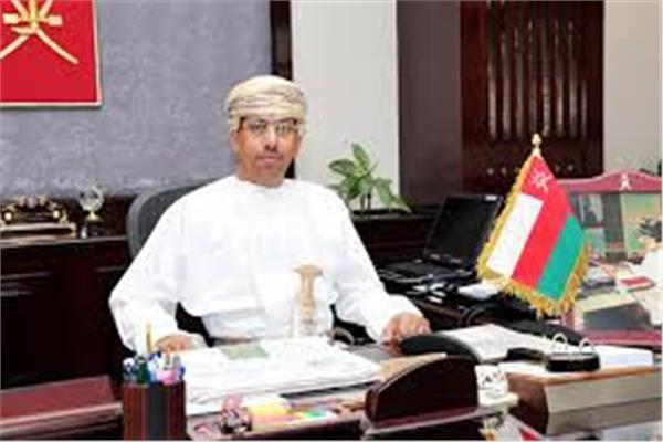 وزير الإعلام العُماني الدكتور عبد المنعم بن منصور الحسني