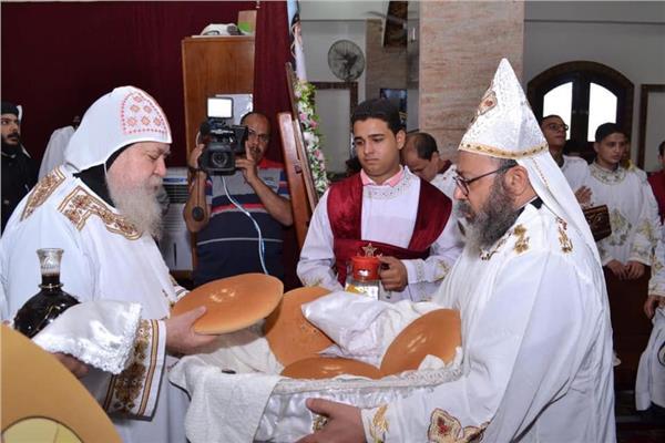 تدشين كنيسة الأنبا كاراس بقرية بناويط بسوهاج