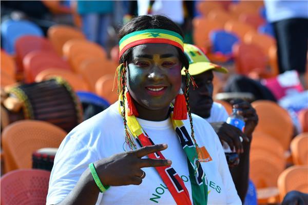 الجماهير السنغالية