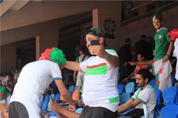 الجماهير الجزائرية