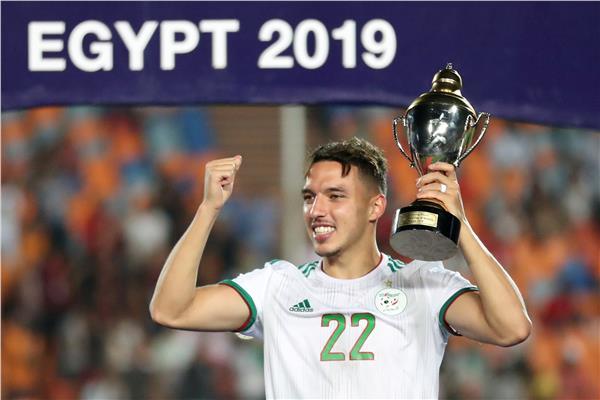 النجم الجزائري إسماعيل بن ناصر