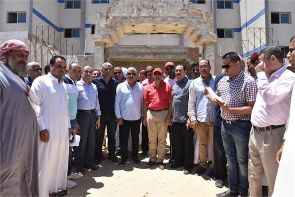 جانب من الزيارة الميدانية للجنة الإدارة المحلية بمجلس النواب بمطروح فى مدينة مرسى مطروح