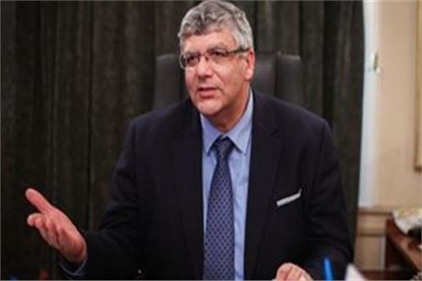 الدكتور عمرو عدلي