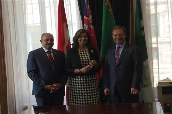 رئيس برلمان أونتاريوالكندي يستقبل وزيرة الهجرة