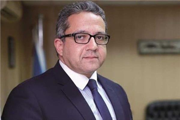 وزير الاثار خالد العناني