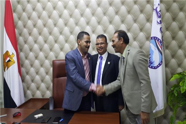 وصول رئيس مستقبل وطن إلى محافظة أسيوط لعقد لقاءات مع قيادات الحزب