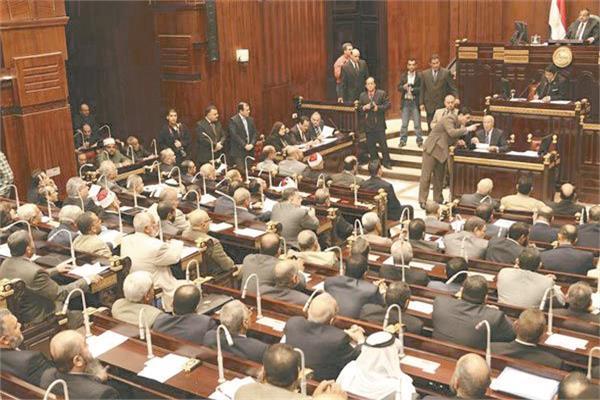 صورة أرشيفية من جلسات مجلس الشورى
