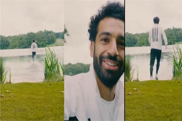 محمد صلاح يختبر سرعته الفائقة علي سطح الماء