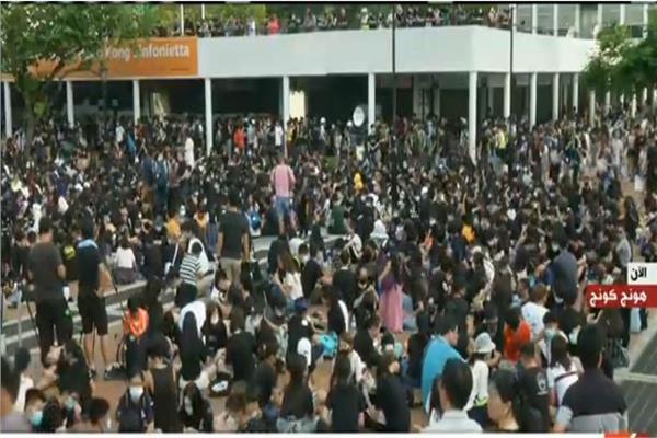 تجمع لعدد من الطلاب حول الإصلاحات السياسية بهونج كونج