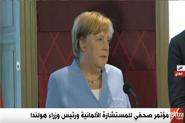 مؤتمر صحفي للمستشارة الألمانية إنجلا ميركل ورئيس وزراء هولاندا
