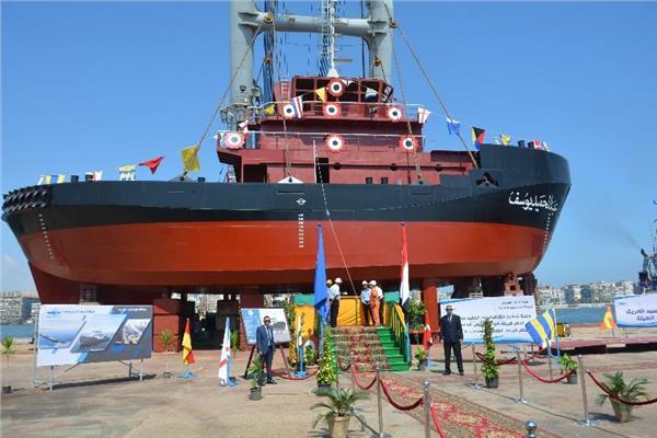 احتفالية ترسانة بورسعيد البحرية لتشغيل أحدث ماكينة CNC لتقطيع الحديد أوتوماتيكيا بالترسانة