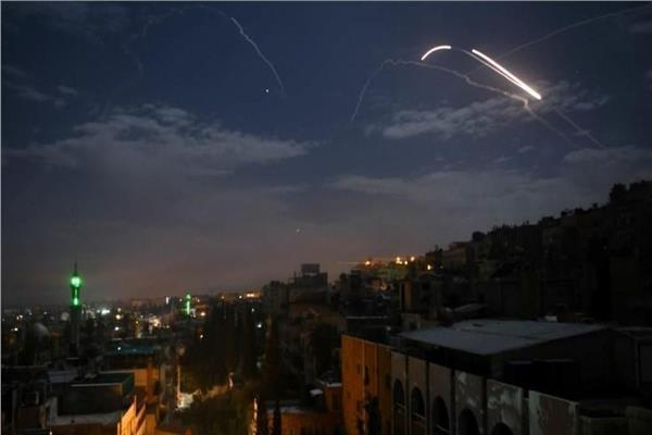 التلفزيون السوري: الدفاعات الجوية تتصدى لأهداف معادية