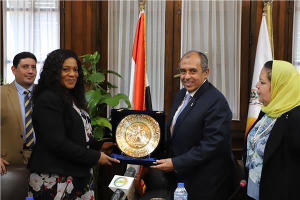 «الزراعة» تبحث مع رئيسة الجمعية الوطنية التوجولية أوجه التعاون