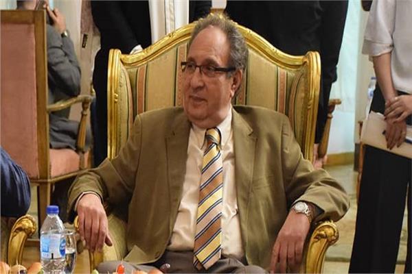 د.محمد العزازى، رئيس جامعة مصر للعلوم والتكنولوجيا