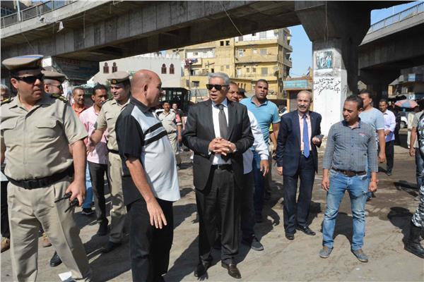 محافظ المنيا يتابع اعمال حملة إزالة الإشغالات