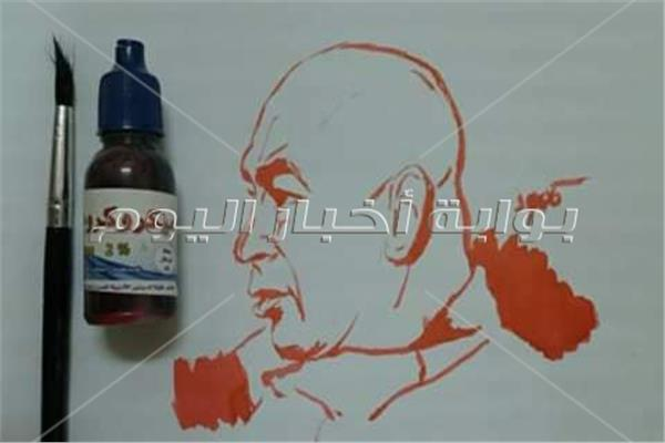 بالبيتادين والميكروكروم.. مصري يحول صيدلية لـ«أتيليه» بالسعودية