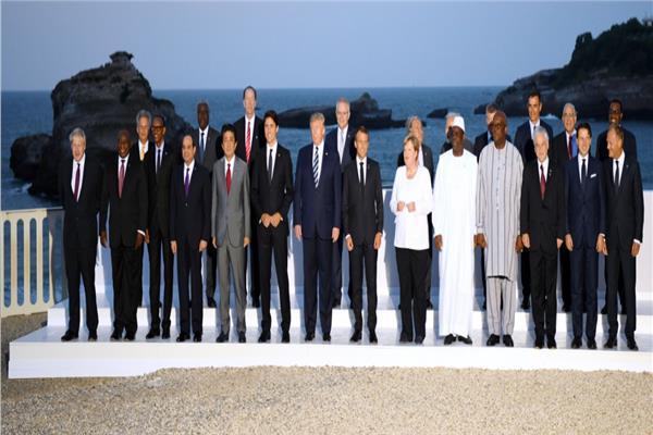 الرئيس السيسي يصل إلى مقر حفل عشاء المشاركين في قمة دول السبع الصناعية الكبرى