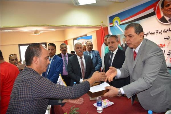 وزير القوى العاملة يفتتح مشروعات بالإسماعيلية