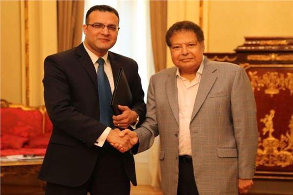 د. إبراهيم الشربينى مع العالم المصري الراحل د. أحمد زويل