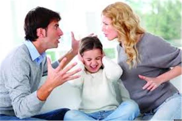 العلاقات الأسرية والعاطفية