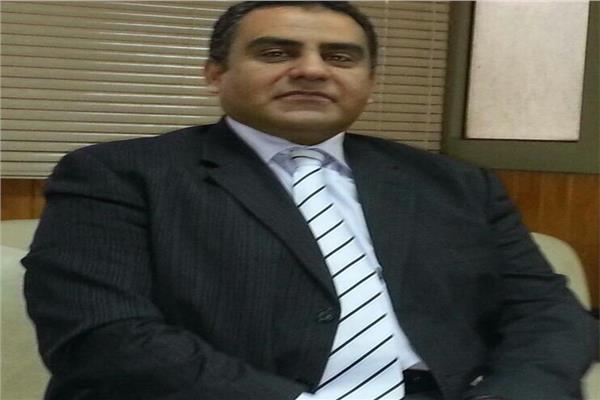 الدكتورعبدالعزيز يحيى