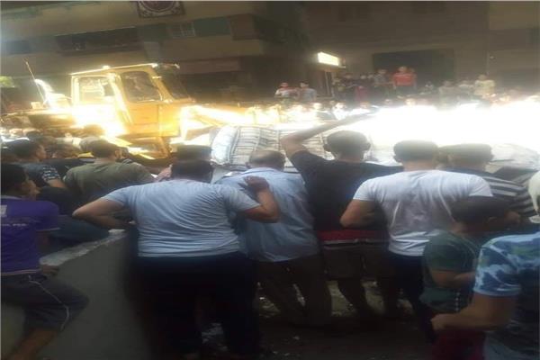 حادث انقلاب سيارة مكروباص