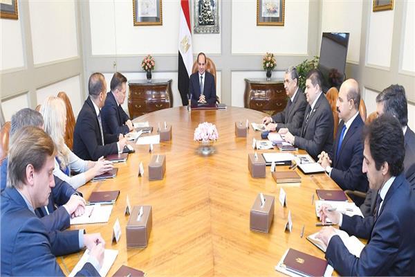 الرئيس عبد الفتاح السيسي خلال الاجتماع