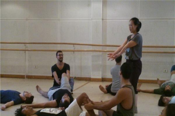 «الاسترخاء والذاكرة المتصلة» ضمن الورشة اليابانية بمهرجان المسرح التجريبي