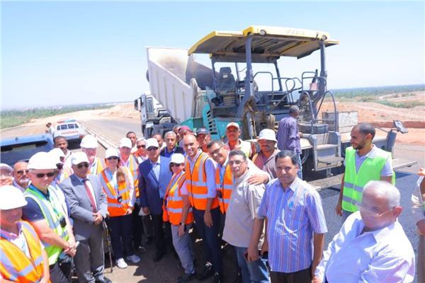 النقل لـ «وفد EBRD»: بدءتنفيذ 3 محاور جديدة على النيل يوليو 2020