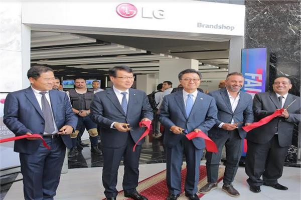 خلال افتتاح  أول متجر لتقنية «ThinQ» في الشرق الأوسط بمصر