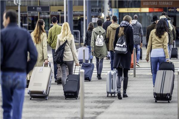 بسبب الحرب التجارية.. تباطؤ نمو حركة السفر العالمية لشهر يوليو