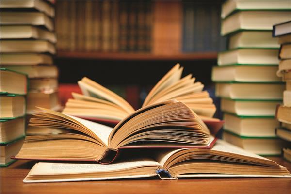 تقرير  ثلاثة كتب عالمية ترصد «الأخبار الكاذبة والمضللة»