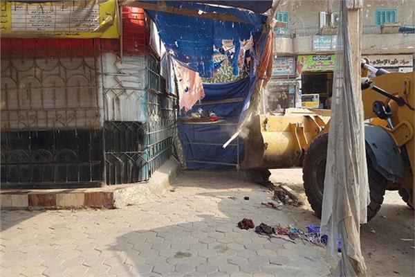 إزالة اشغلات طريق وإعلانات مخالفة