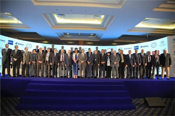 انطلاق مؤتمر مصر تستطيع بالاستثمار والتنمية