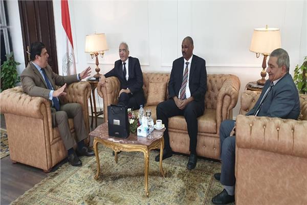 حسين زين يلتقي رئيس اتحاد إذاعات الدول الإسلامية
