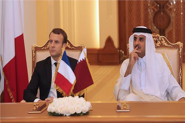 أمير قطر والرئيس الفرنسي