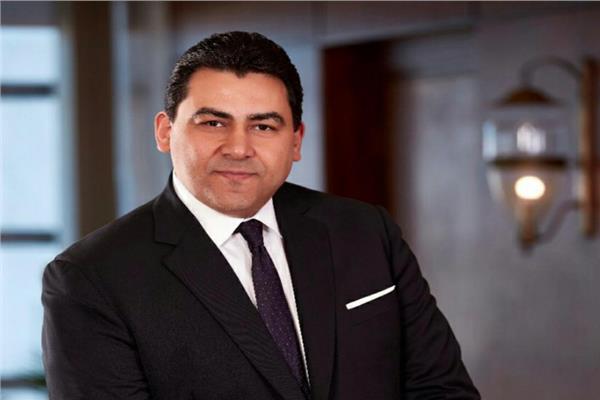المهندس عادل حامد الرئيس التنفيذى للمصرية للاتصالات